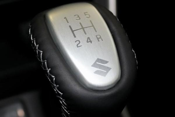 Aluminium / Black Leather Gear Knob - S-Cross